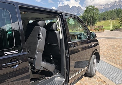 Minivan interno Taxi Cortina
